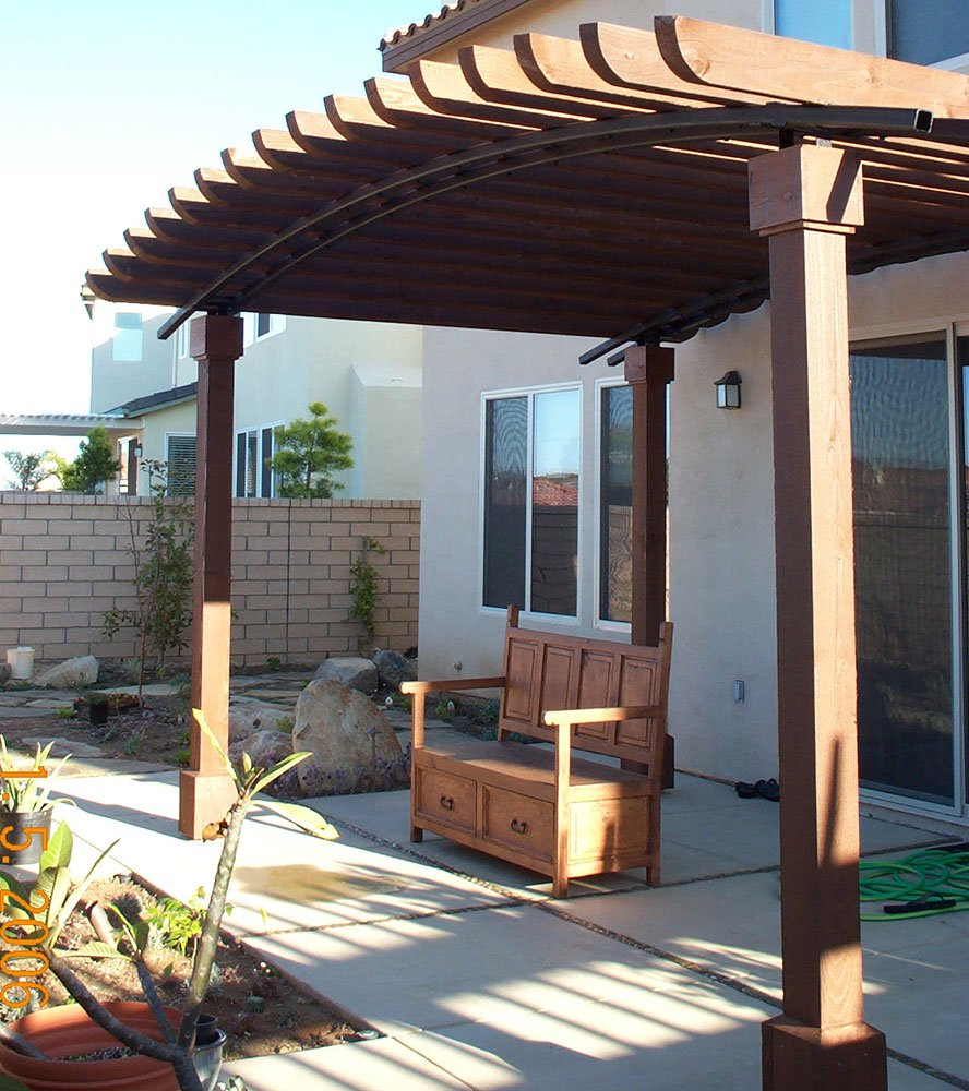 Curved pergola patio cover design and construction