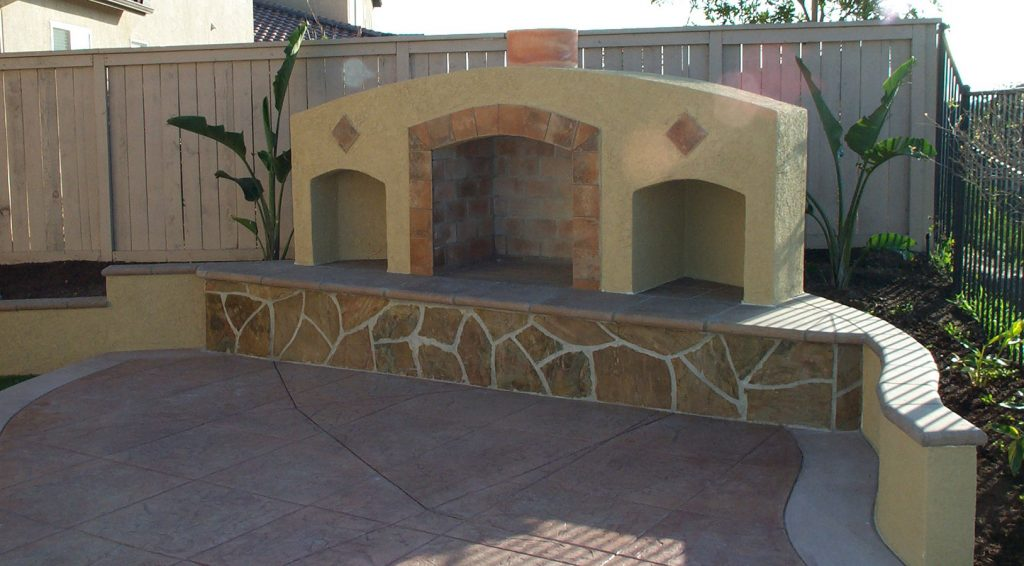 Outdoor stone fireplace contractor
