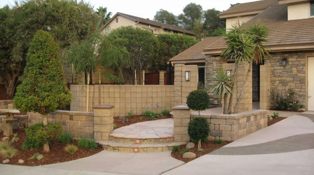 Block retaining and privacy walls construction
