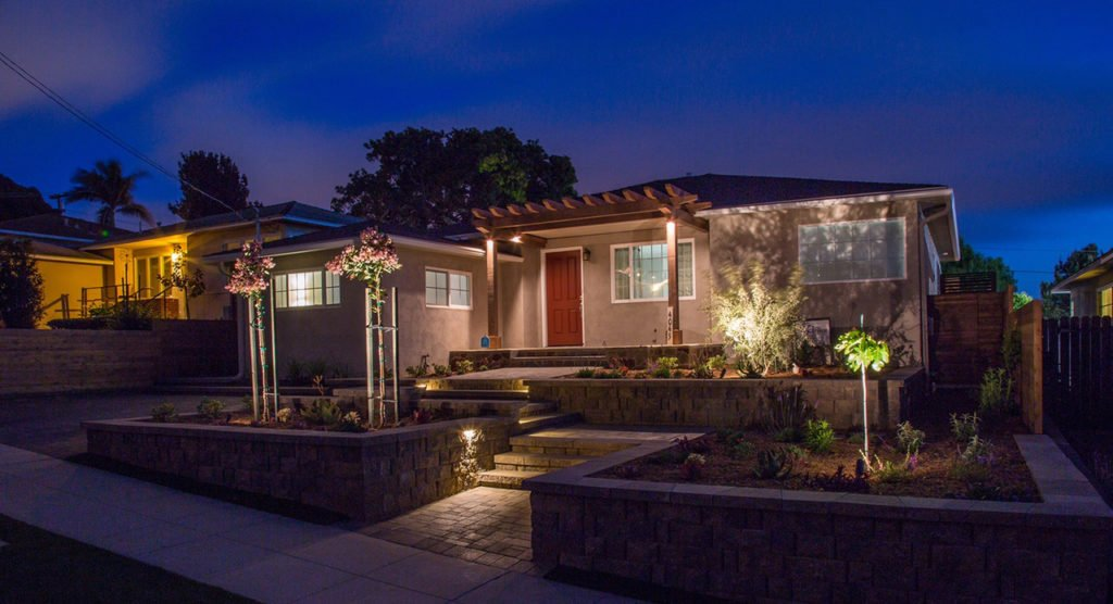 Beautiful Southern California front yard landscaping with landscape lighting