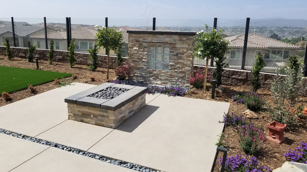 Rock brick outdoor fire pit design and construction